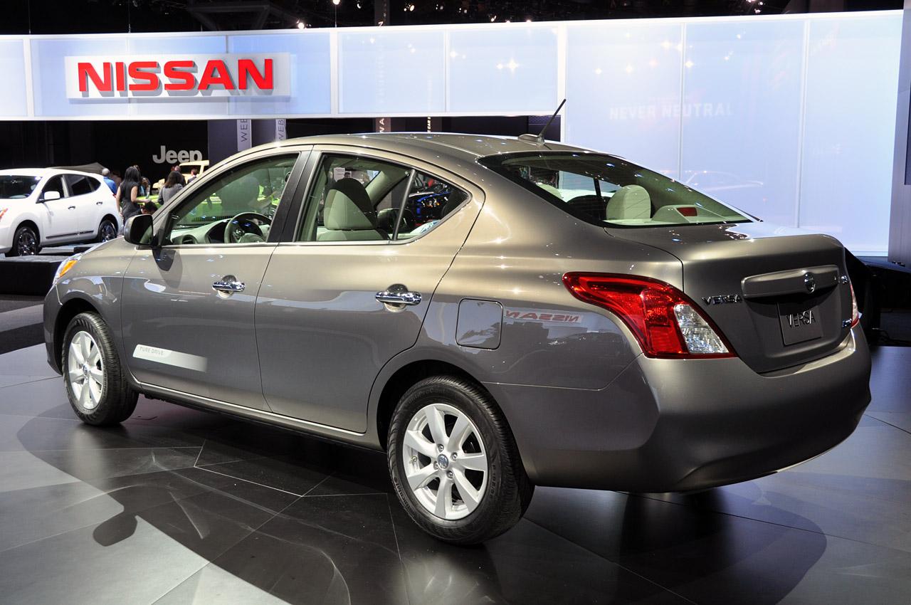 Nissan Versa Sed 225 N 2014 Un Carro Enfocado En La Familia