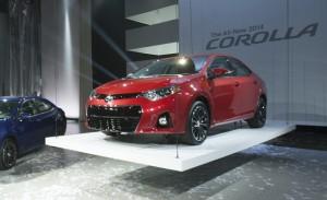 Toyota Corolla 2014: juvenil, moderno, económico y eficiente.