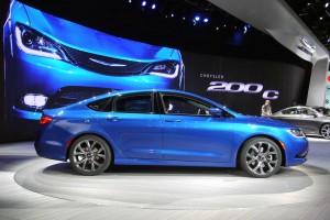 Auto Show Detroit 2014: Nuevo Chrysler 200 2015.