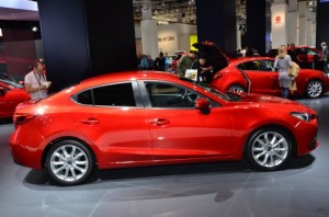 Mazda3 Sedán 2014: diseño y eficiencia.