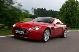 Aston Martin V8 Vantage 2014: lujo, belleza y altas prestaciones