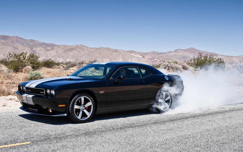 Dodge Challenger SRT8 2014: ahora más apasionante, llamativo y