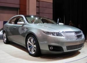 Lincoln MKS 2014: elegante cómodo y lujoso.