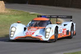 Imágenes del carro Deportivo Lola Aston Martin