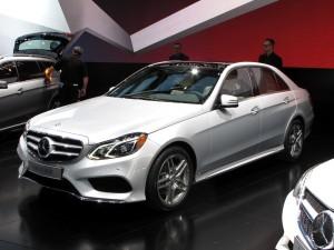 Mercedes Benz Clase E Sedán 2014: más agresivo y con mayores prestaciones.