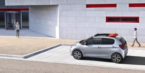Citroën C1 2014: renovado y hasta con techo de lona.