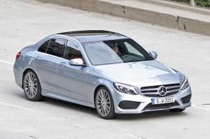 Mercedes Benz Clase C Sedán 2014: ahora más moderno y agresivo.