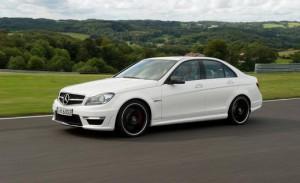 Mercedes Benz Clase C63 AMG Sport Sedán 2014: lujo, poder y prestaciones.