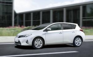 Toyota Auris 2014: espacioso, confortable y seguro.