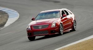 Cadillac CTS-V Sport Wagon 2014: un carro familiar poderoso, lujoso y deportivo.