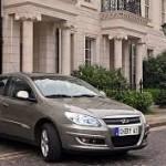 Chery Skin 2014: Tiene como rivales al Ford Fiesta Sedán, Renault Symbol, Renault-Samsung SM3, Kia Rio Sedán y al Hyundai Accent sedán.