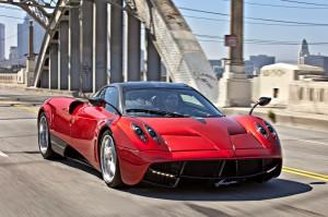 Imágenes de carros lujosos.
