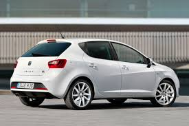 Seat Ibiza Hatchback 2014: deportivo y elegante.