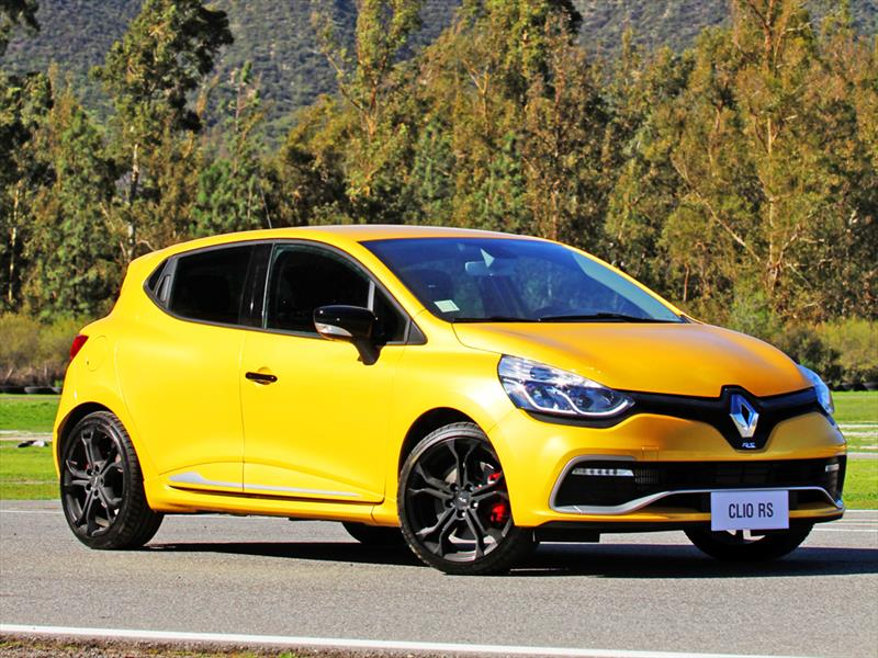 renault clio rs 2015 4 lista de carros. Black Bedroom Furniture Sets. Home Design Ideas