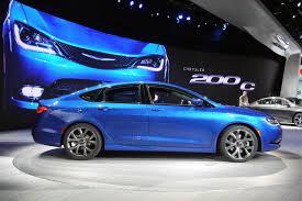 Nuevo Chrysler 200 2015: más aerodinámico, más potente y de mayor calidad.