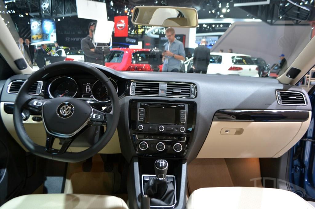 Nuevo Volkswagen Jetta 2015 Exitoso Elegante Y Seguro Lista De Carros