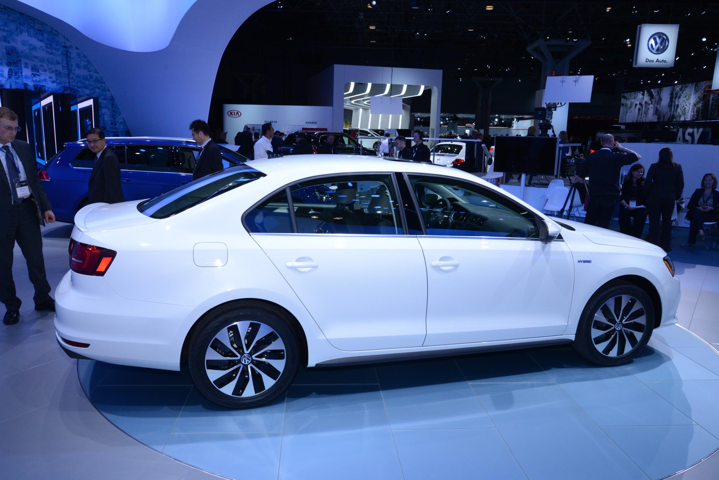 2015 Hyundai Sonata Hybrid >> Volkswagen Jetta Hybrid 2015: pequeños cambios estéticos y ...