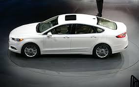 Ford Fusion 2015: elegante, equipado y muy seguro.