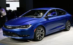 Ford Fusion Hybrid 2015: tecnología, espacio y elegante diseño.