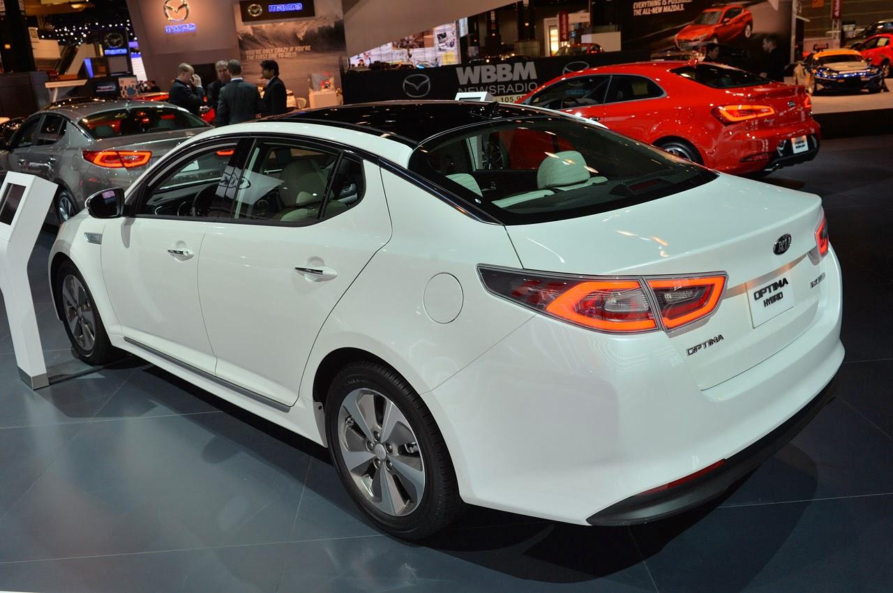 ... : Rivals: Toyota Camry Hybrid, Honda Civic Hybrid, Lexus HS 250h