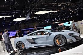 Salón de Ginebra: McLaren 675LT, poderoso y muy exclusivo.