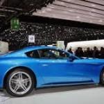 Touring Superleggera Berlinetta Lusso:En el Berlinetta Lusso no hay ningún logotipo de Ferrari en carrocería, llantas ni interior. La casa de Maranello ya no deja que los carroceros hagan uso de él libremente.
