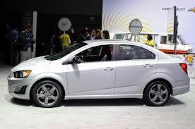 Chevrolet Sonic  Sedán 2015: juvenil y refinado