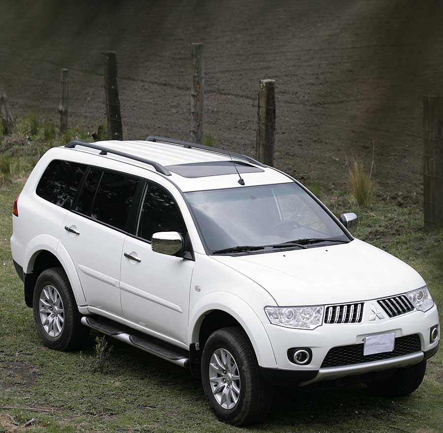 montero sport gls 2015 2017 2018 best cars reviews wallpaper gallery 2016 mitsubishi pajero