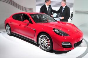 Porsche Panamera 2015: deportivo, elegante y poderoso.