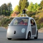 Carros autónomos de Google ya circulan en rutas públicas: Se acaba de anunciar que los autos autónomos de Google ya circulan en condiciones reales en las rutas de Silicon Valley en California (oeste de EE.UU.), más precisamente en la localidad de Mountain View, sede del gigante de internet.  Por razones de seguridad, su velocidad máxima es de 40 Km/h, a fin de limitar los gastos en caso de que el automóvil se salga de la ruta o choque contra algún obstáculo.