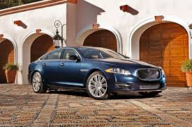 Jaguar XJ 2015: lujo, comodidad, elegancia y poder.