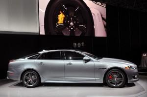 Jaguar XJR 2015: diseño, poder y calidad.