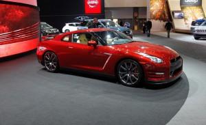 Nissan GT-R 2015: adrenalina y poder en un solo paquete.