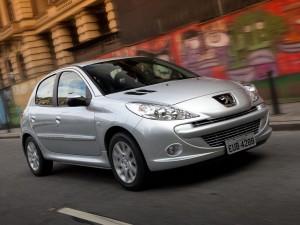 Peugeot 207 Compact 2015: estilo deportivo, dinámico, divertido y familiar.