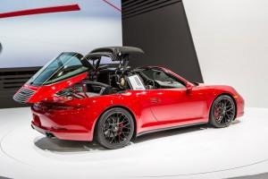 Porsche 911 Targa 4 GTS 2016: radical y dinámico.