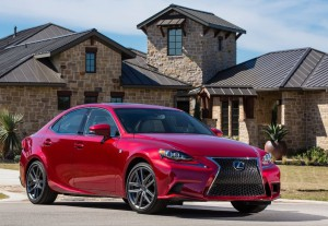 Lexus IS 2015: sofisticado, lujoso, elegante y eficiente.