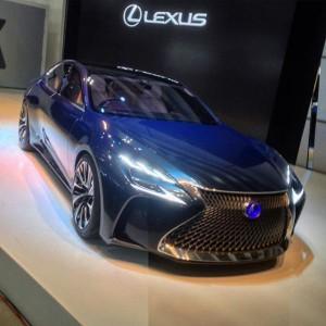 Salón de Tokio 2015: Lexus LF-FC Concept ¿El próximo LS?