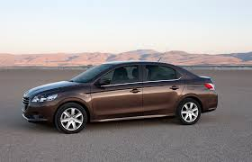 Peugeot 301 2015: calidad, eficiencia y apariencia.