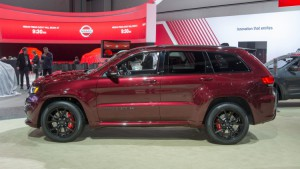 Auto Show de Los Ángeles 2015: Jeep Grand Cherokee SRT Night 2016