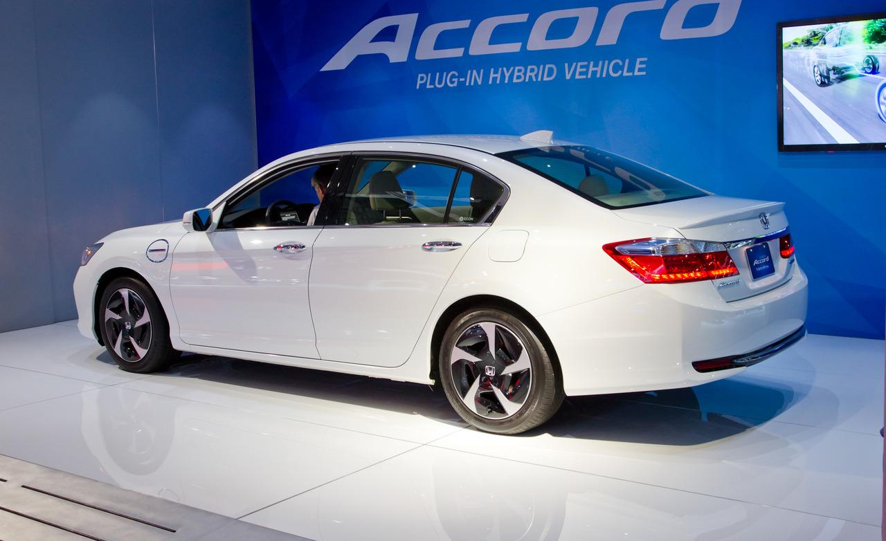 Honda accord hybrid 2016 el mejor de su categor a for Price of honda accord 2015