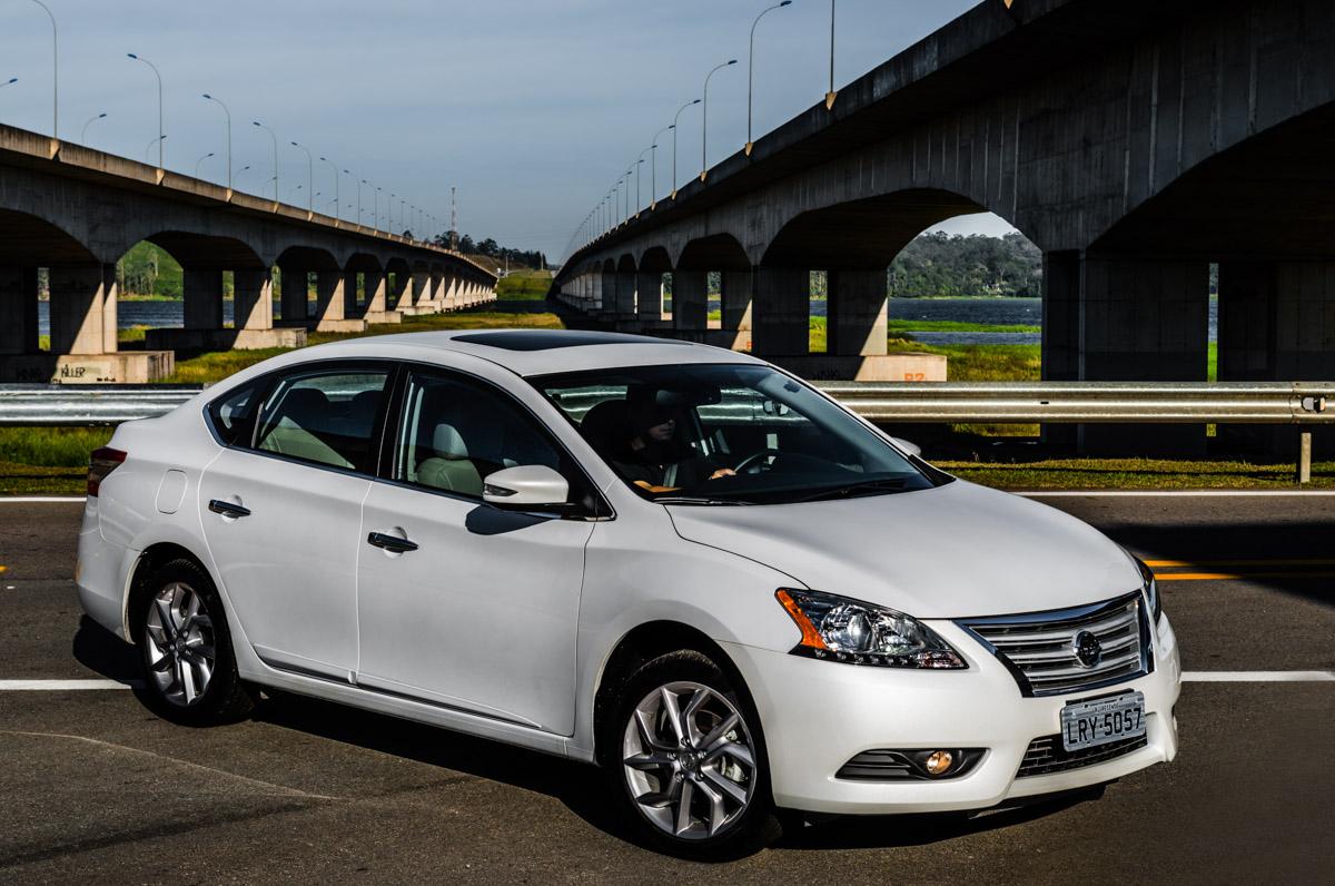 Nissan Sentra 2016: más moderno y más equipado. | Lista de ...