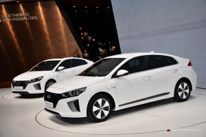 Hyundai Ioniq hybrid: el futuro rival del Toyota Prius.