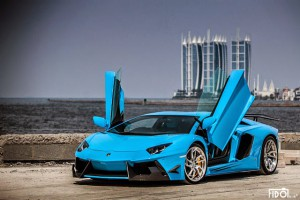 Lamborghini Aventador LP 700-4 on PUR RS05 by DMC in Azure Blue Color
