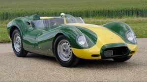 Lister Jaguar Knobbly Stirling Moss Edition: rápido, exclusivo y muy caro.