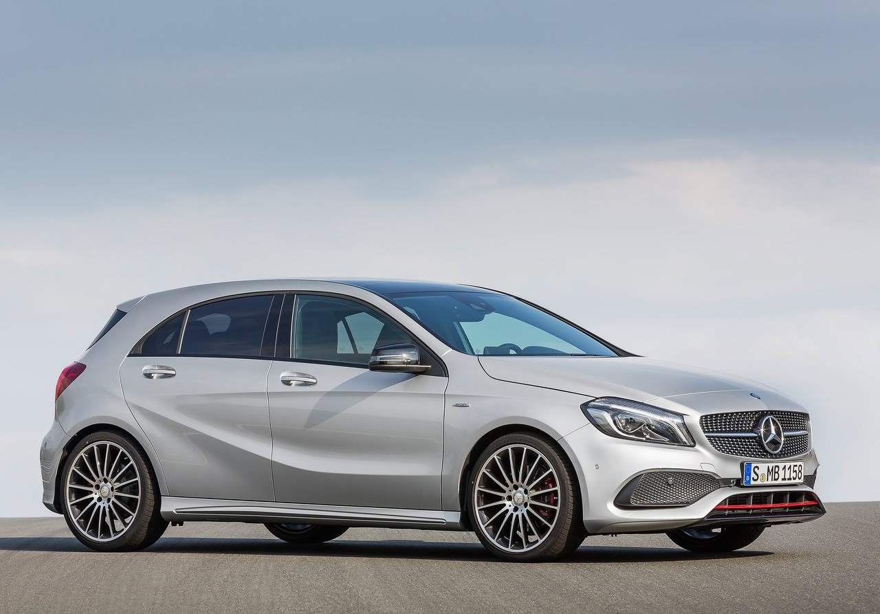 Mercedes benz clase a 2016 el peque o alem n se renueva for Mercedes benz in annapolis