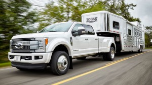 Ford Serie-F Super Duty 2017: imponente, poderosa, capaz y brutal.