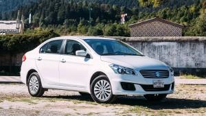 Suzuki Ciaz 2016: bajo consumo y bajo precio