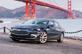 Chevrolet Malibu Hybrid 2016: eficiencia, tecnología y belleza.