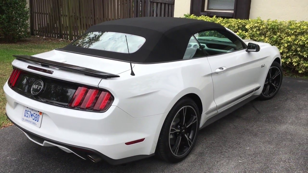 ford mustang convertible 2016 el placer de conducir al aire libre lista de carros. Black Bedroom Furniture Sets. Home Design Ideas
