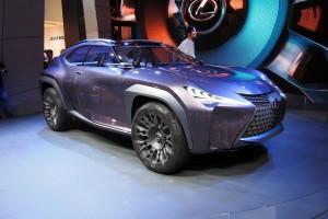 Salón de París 2016: Lexus UX Concept, una pequeña, imponente y lujosa SUV.